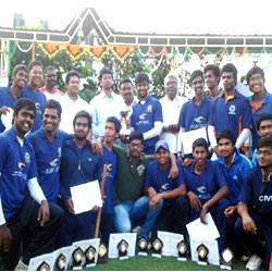 TKRCET won the trophy JNTUH Central 2014